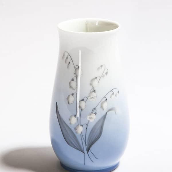 Фарфоровая ваза «Ландыш»