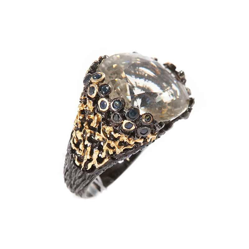 Серебряное кольцо с цитрином и сапфирами