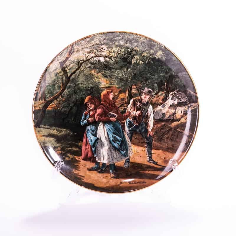 Тарелка фарфоровая «Встреча в лесу»