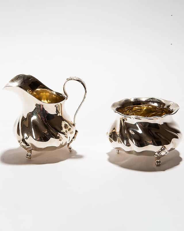 Серебряный набор спозолотой «Молочник исахарница»