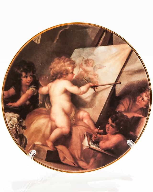 Фарфоровая тарелка «Херувим-художник»