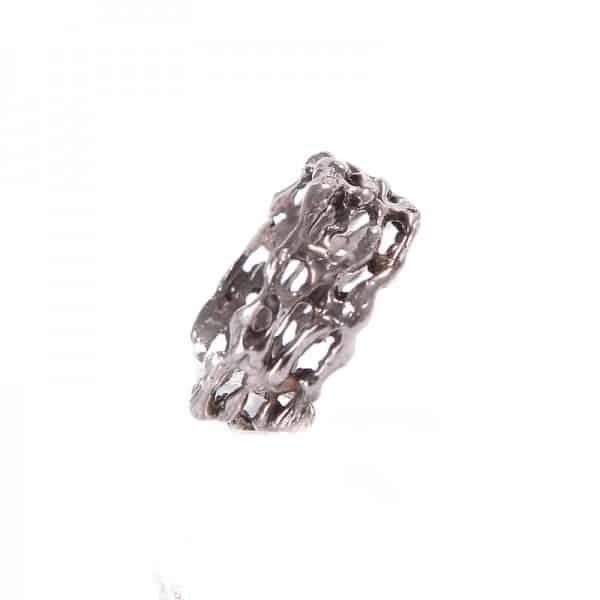 Обручальное кольцо с бриллиантами с чернением