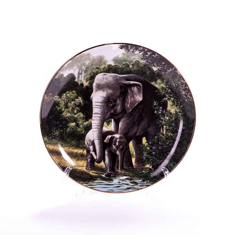 Тарелка фарфоровая «Азиатский слон»