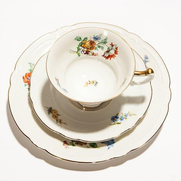 Фарфоровый чайный набор из 3-х предметов