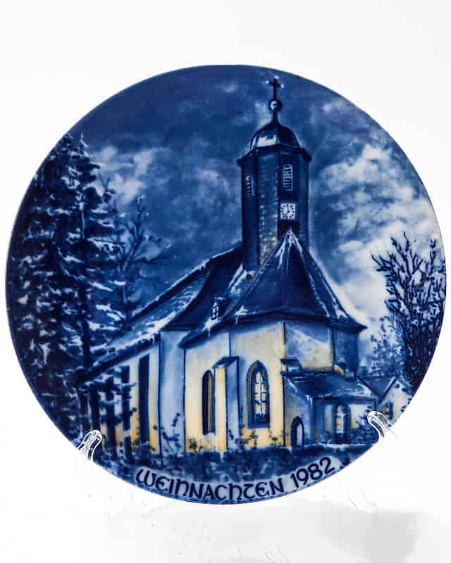 Фарфоровая тарелка «Рождество 1982»