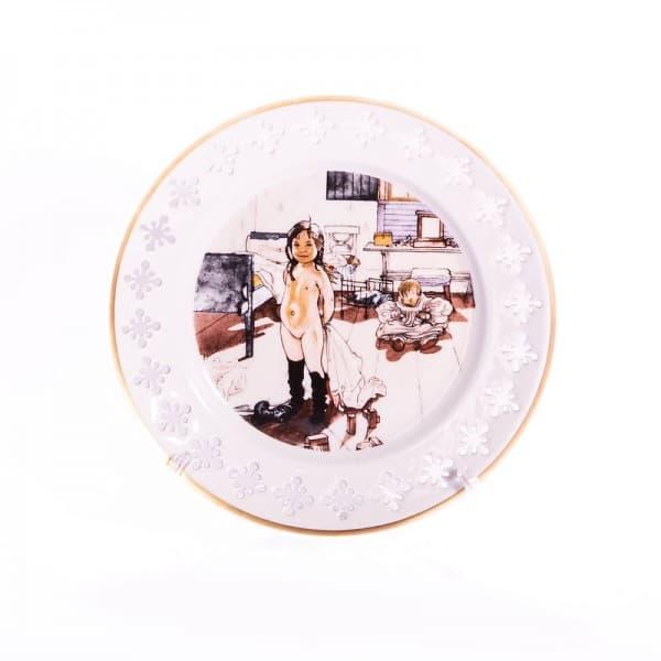 Фарфоровая тарелка «Комната матери и маленьких девочек»