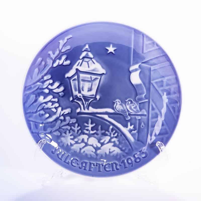 Фарфоровая тарелка «Фонарь»