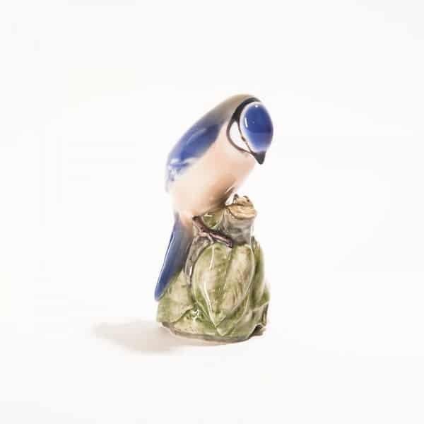Фарфоровая птица «Лазоревка на ветке»