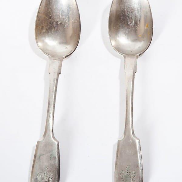 Пара серебряных десертных ложек