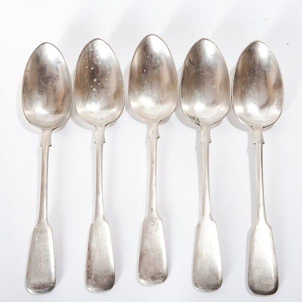Пять серебряных столовых ложек