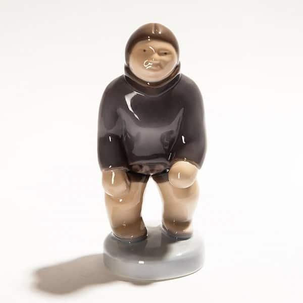 Фарфоровая статуэтка «Гренландец»