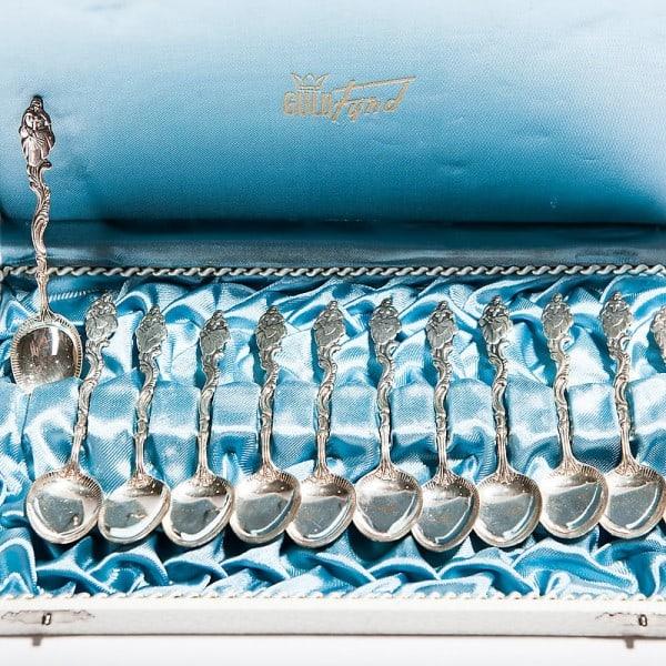 Набор из 12-ти кофейных серебряных ложек