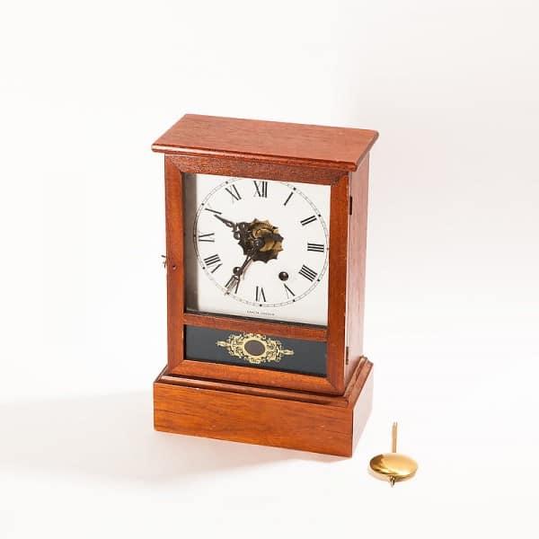 Часы настольные механические с боем