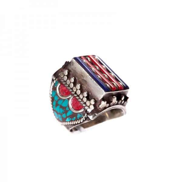 Серебряное кольцо с лазуритом, бирюзой и кораллом