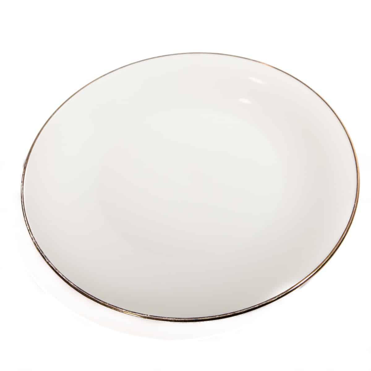 Белое большое блюдо