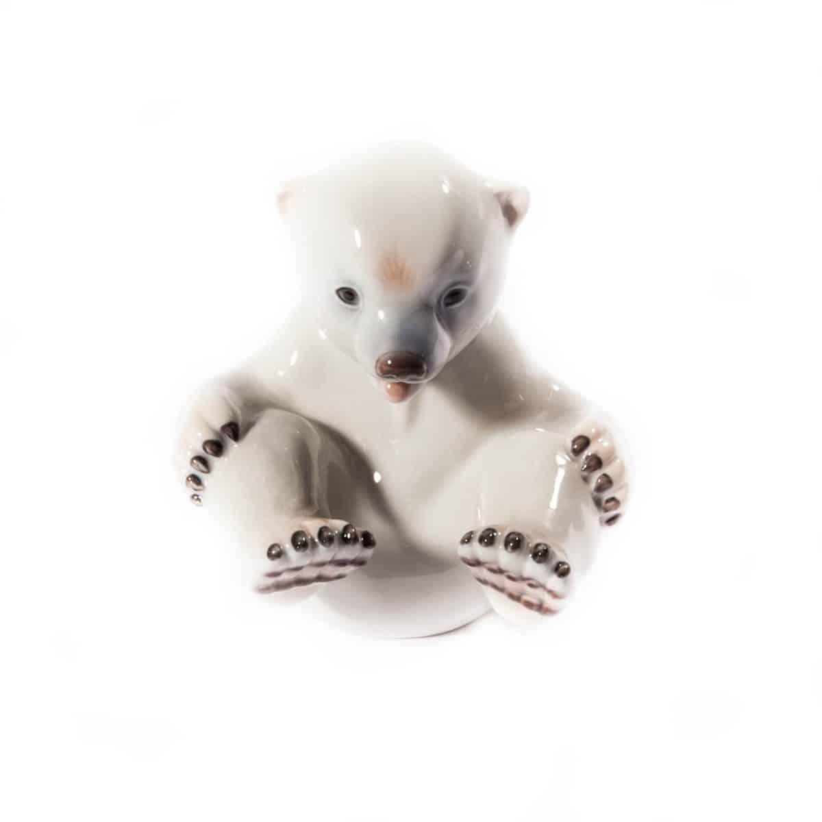 """ФАрфоровый """"Белый медвдеь"""""""