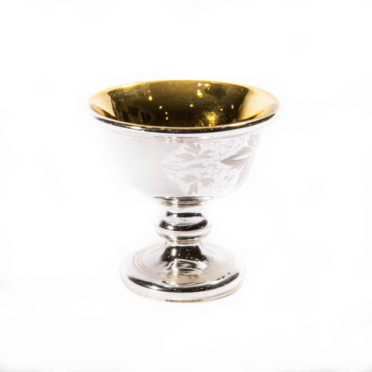 Чаша из ртутного стекла