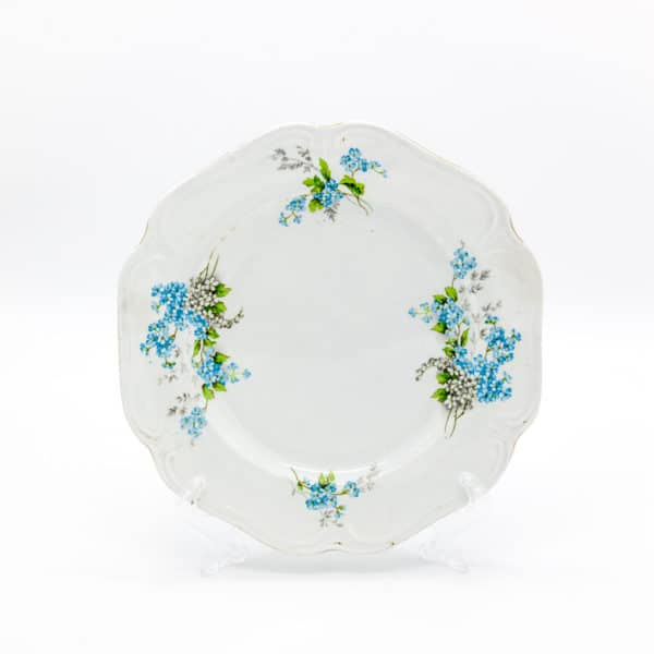 Фаянсовая тарелка