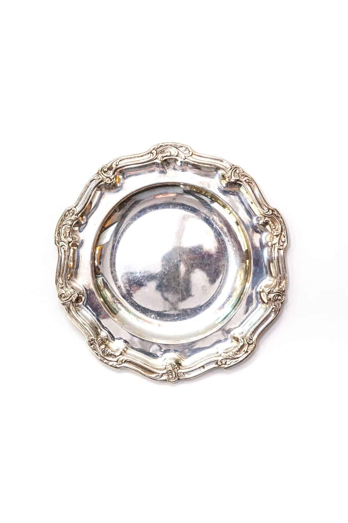 Серебряная тарелка-поднос
