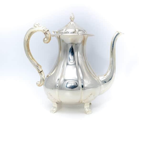 Серебряный чайник. Рококо