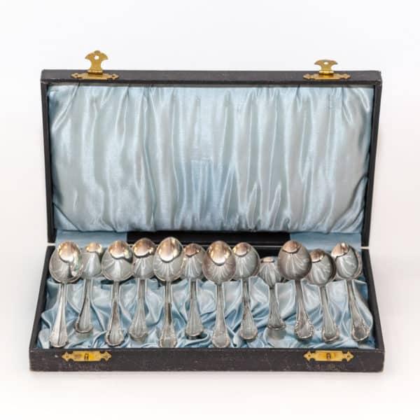 Кофейные ложки в коробке