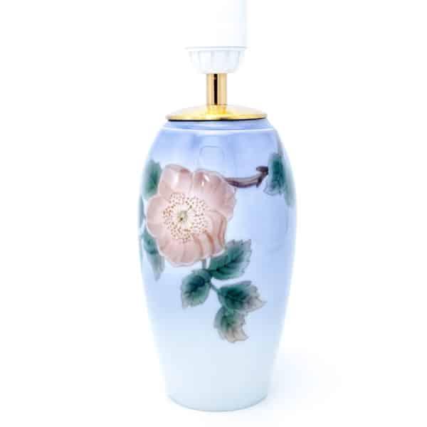 Фарфоровая ваза-светильник