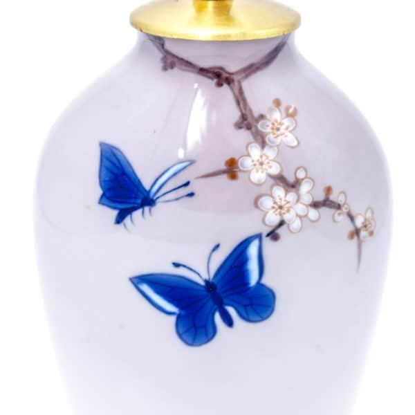 "Фарфоровая лампа ""Бабочки"""