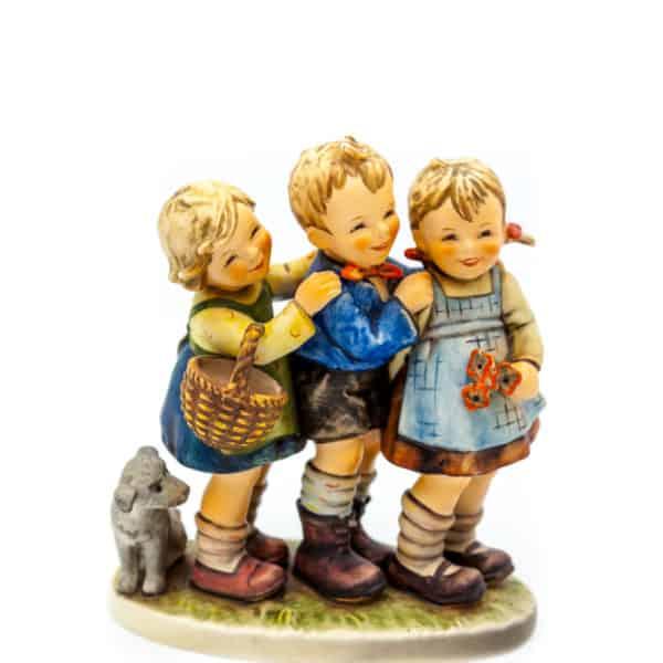 statuehtka deti s sobakoj
