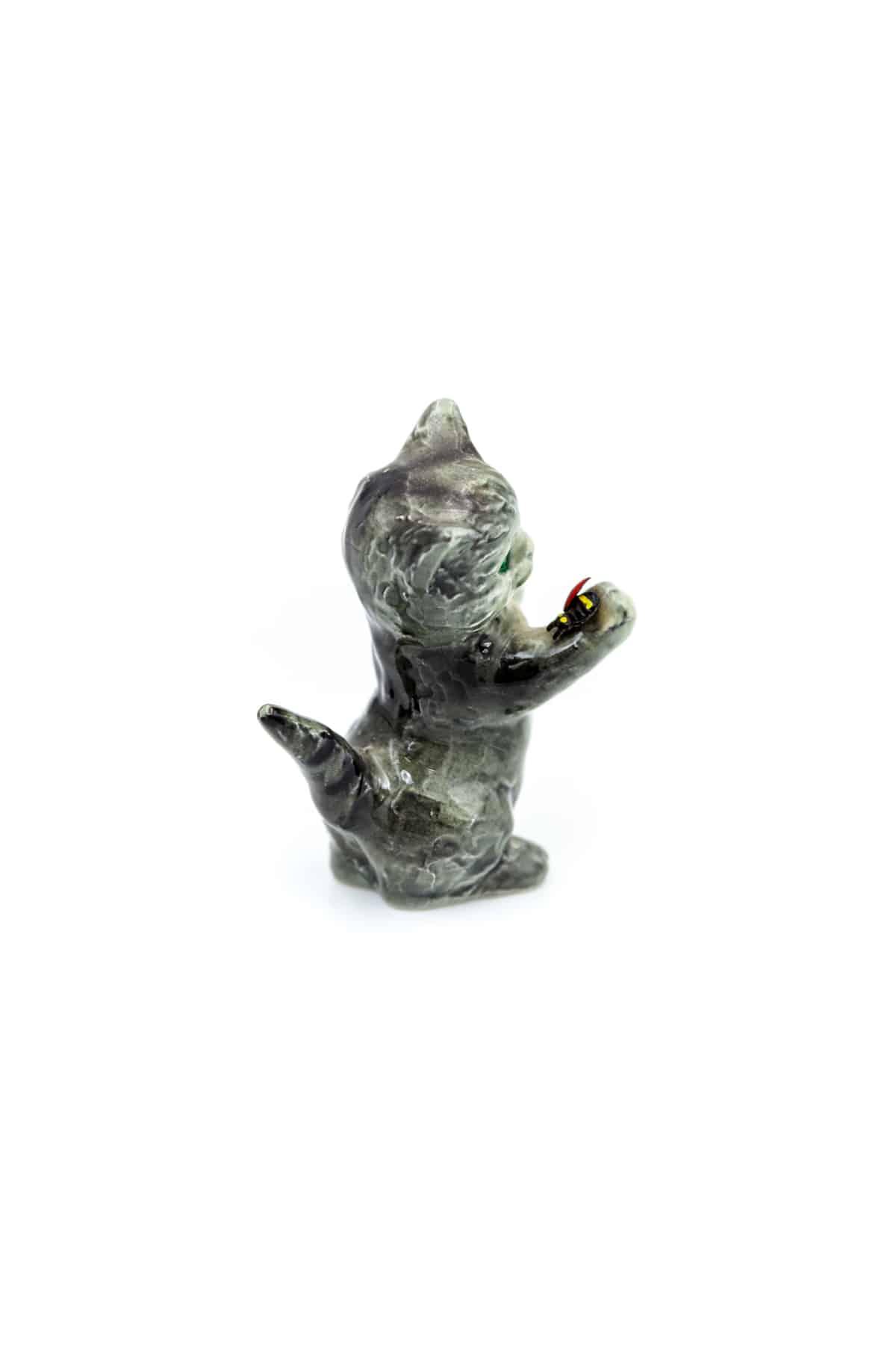 farforovaya statuetka kotyo