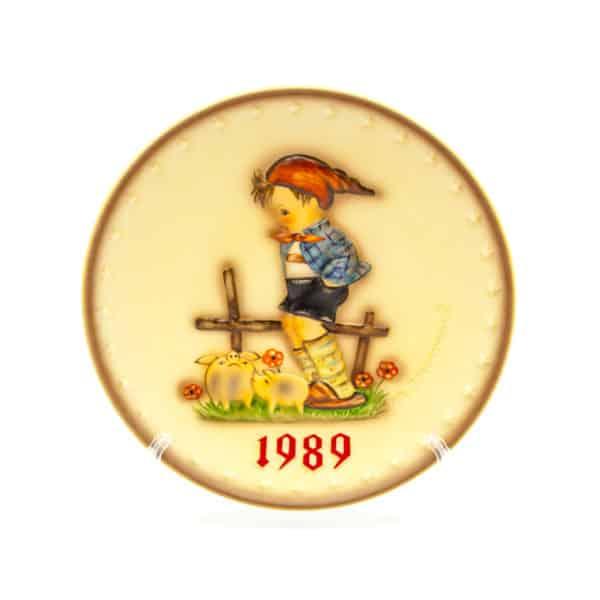 farforovaya tarelka malchik s porosyatami 1989