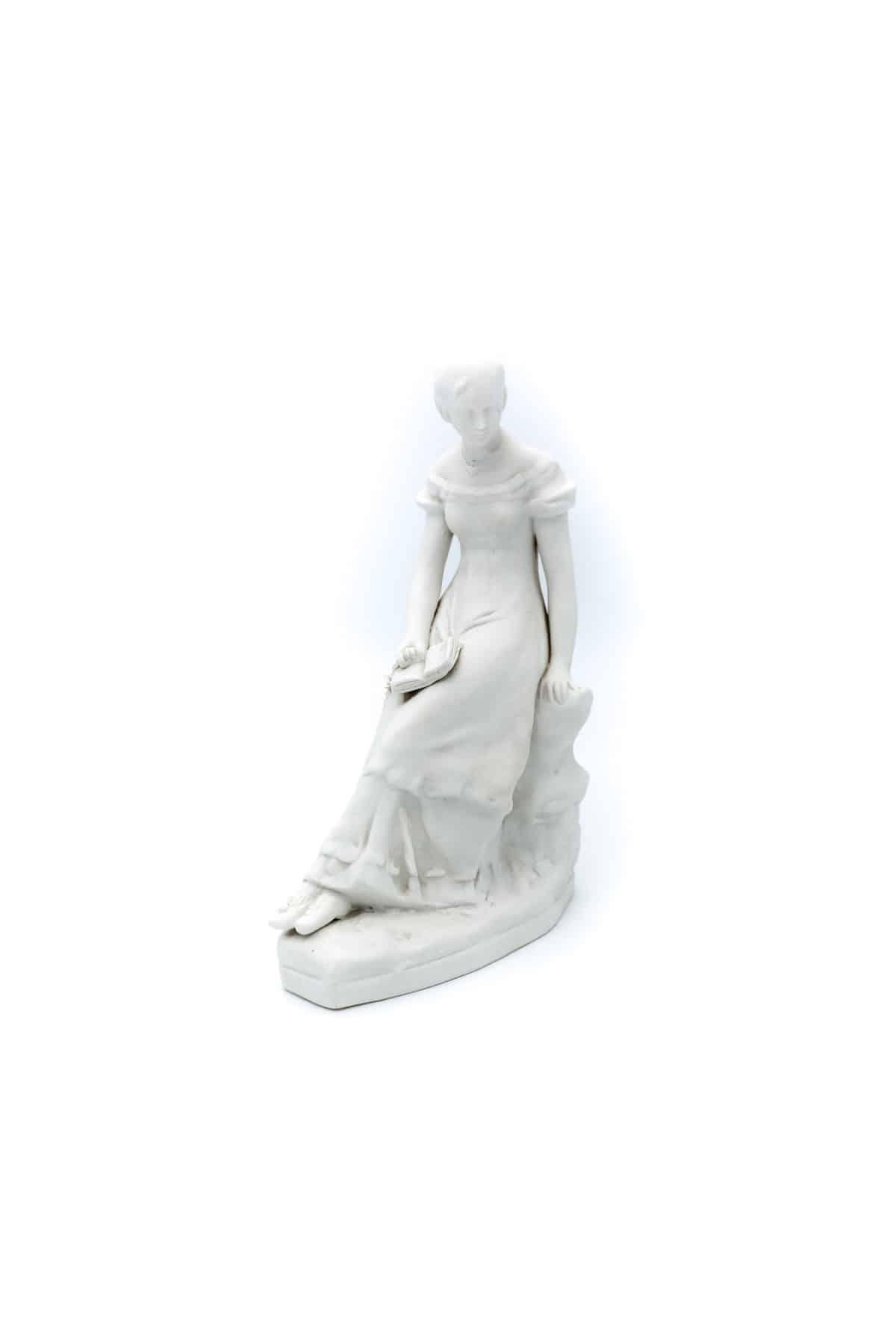 farforovaya statuetka tatyana larina
